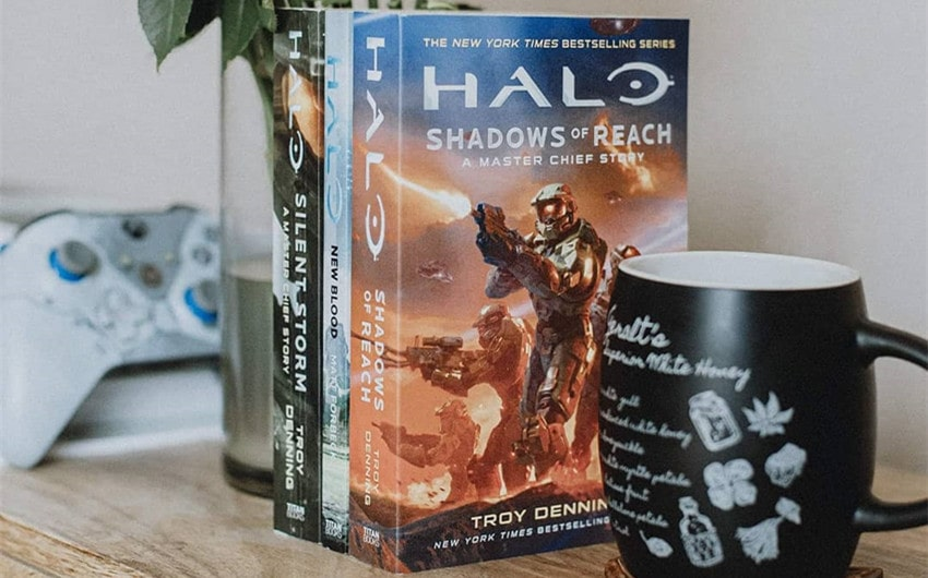 how to read halo books in order
